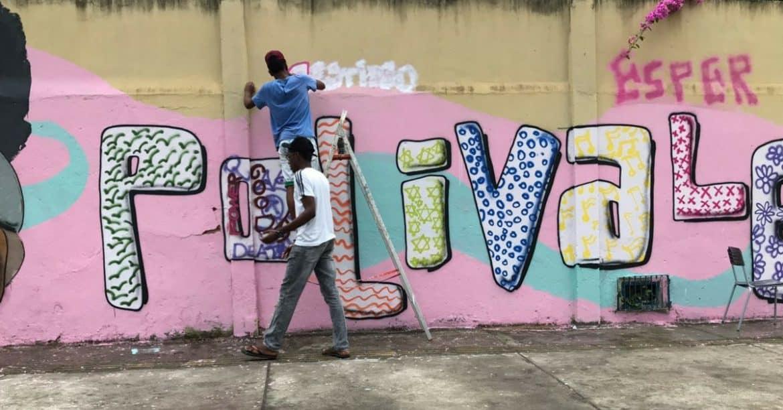 Alunos da Colégio Polivalente de Amaralina participam do projeto Mais Grafite
