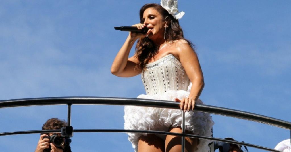 Photo of Após anúncio de gravidez, Ivete pode cancelar apresentação no Carnaval de Salvador