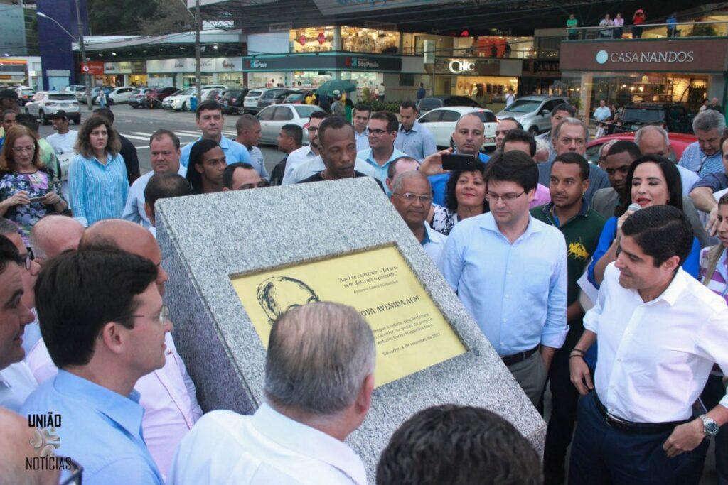 Photo of Avenida ACM foi entregue oficialmente à população nesta segunda (4)