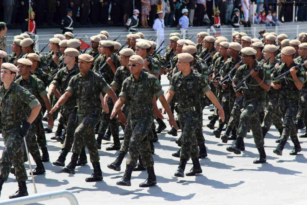 Photo of Cerca de 3 mil militares participam do desfile da Independência neste 7 de Setembro