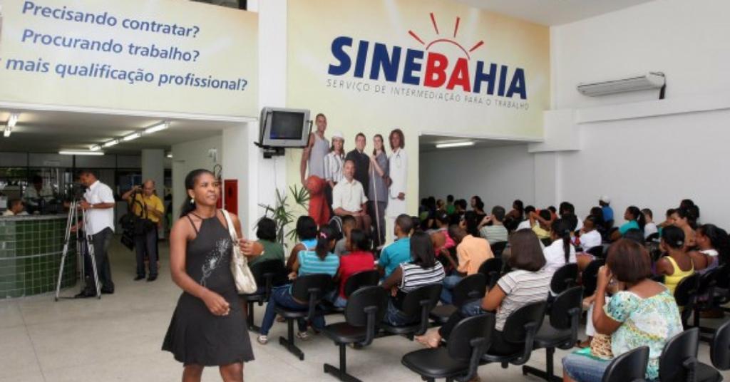 Photo of Confira as vagas oferecidas pelo SineBahia nesta terça-feira (12)