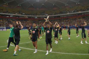 Seleção realizar treino e empolga torcida Amazonense