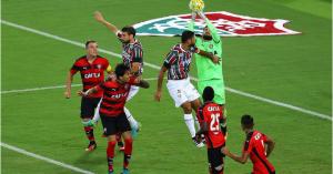 Vitória enfrenta o Fluminense neste domingo (10) união