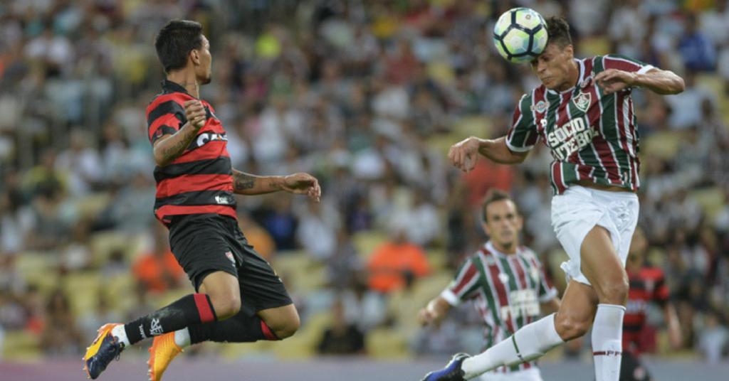 Vitória enfrenta o Fluminense neste domingo (10)