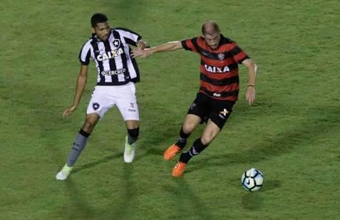 Photo of Rubro-negro baiano vira sobre o Botafogo no Nilton Santos