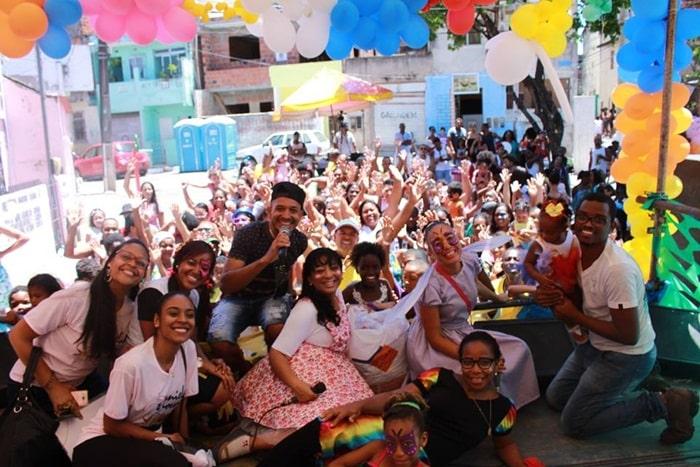 Photo of Alegria e diversão marcam festa de Dia das Crianças no Bairro Santa Cruz em Salvador