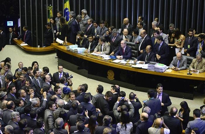 Câmara Federal autoriza financiamento de campanhas com fundo de R$ 1,7 bi