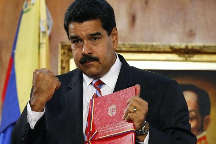 Chavismo vence eleições para governador em 17 dos 23 Estados disputados na Venezuela