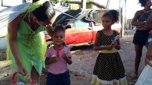 Grupo de Voluntários da União da Santa Cruz levou alegria e muita brincadeira para crianças em Santa Cruz4