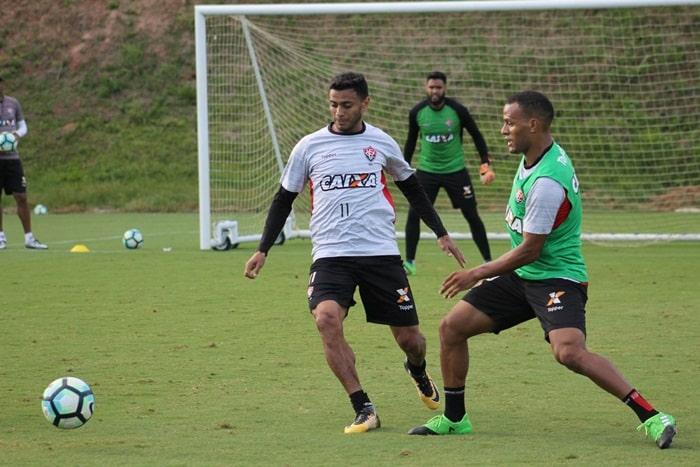 Photo of Jogadores do Vitória iniciam a preparação para o desafio contra o Santos na segunda-feira (16)