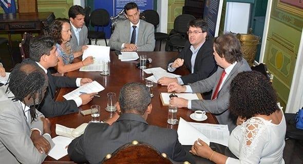 Photo of Vereadores tiram dúvidas sobre incentivos fiscais do 'Salvador 360'