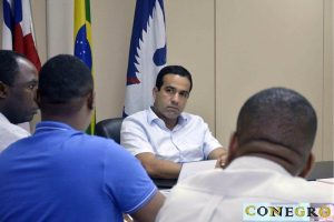 Bruno Reis reúne representante do Connegro no Palácio Thomé de Souza