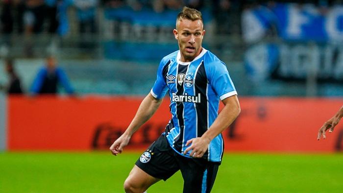 Homem forte do Barcelona vai à final da Libertadores ver jogador do Grêmio, e jornal decreta 'Exame final'