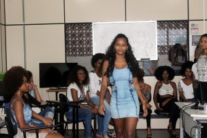 Jovens talentosas da comunidade se preparam para o concurso garota BCS-2017