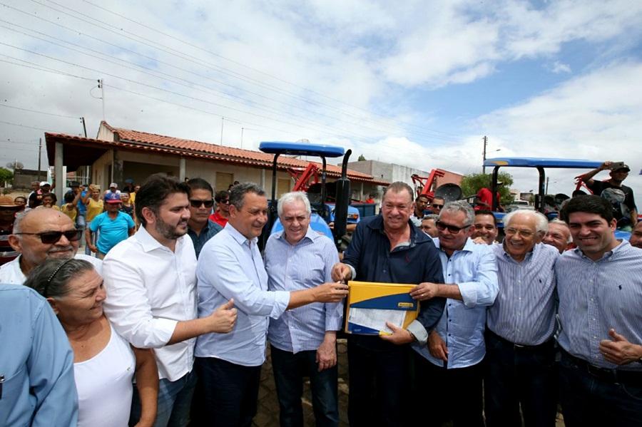 Autorizada obra que garante água tratada a dez mil baianos do Sertão