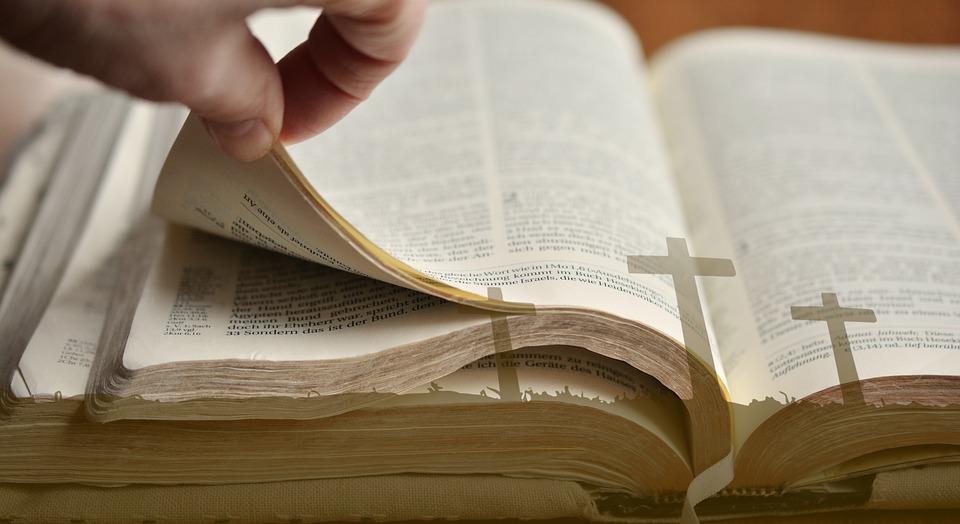 Conheça um pouco da Historia do 'Dia da Bíblia'