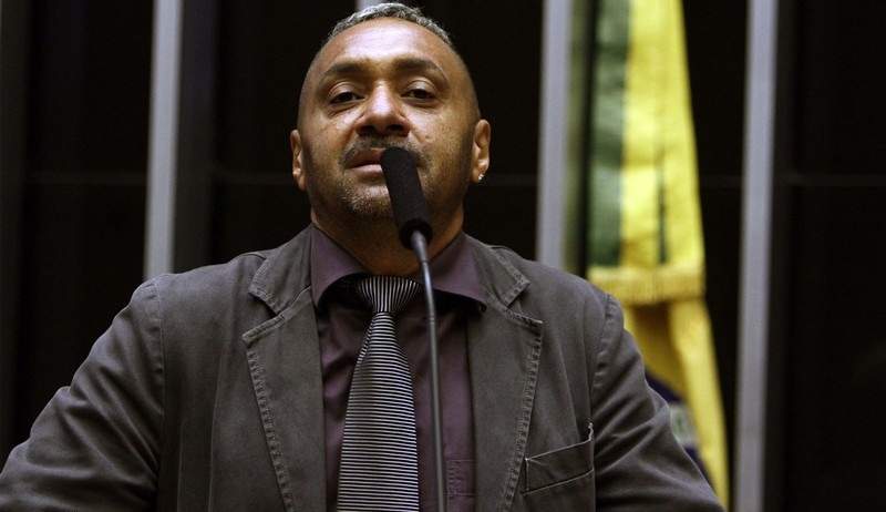"""Photo of Em 1º e último discurso na Câmara, Tiririca diz sair """"envergonhado"""""""
