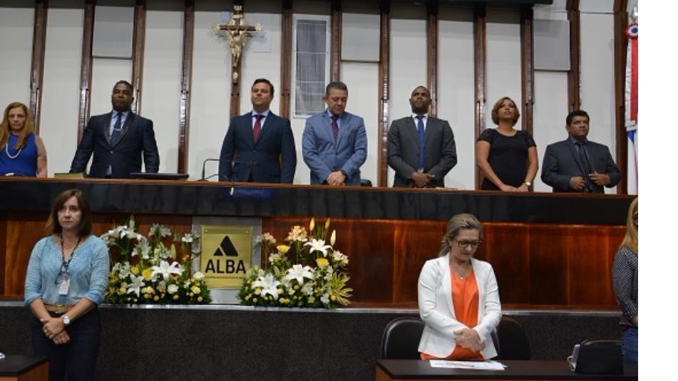 Ministério Batista do Arvoredo completa onze anos e recebe homenagem na ALBA