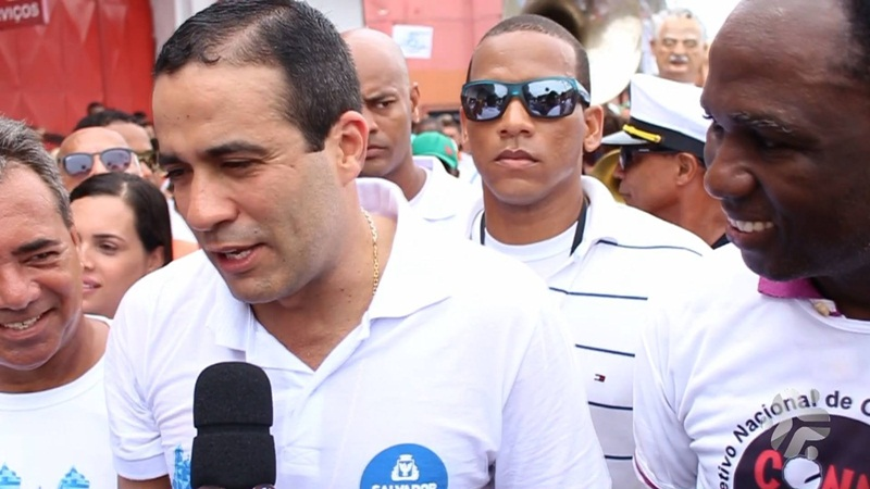 Photo of Bruno Reis participa do cortejo do Bonfim e manda recardo para os moradores do Nordeste de Amaralina.