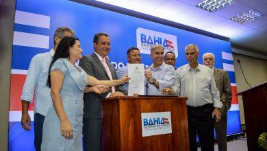 Photo of Rui Costa celebra R$ 25 milhões em convênios com municípios