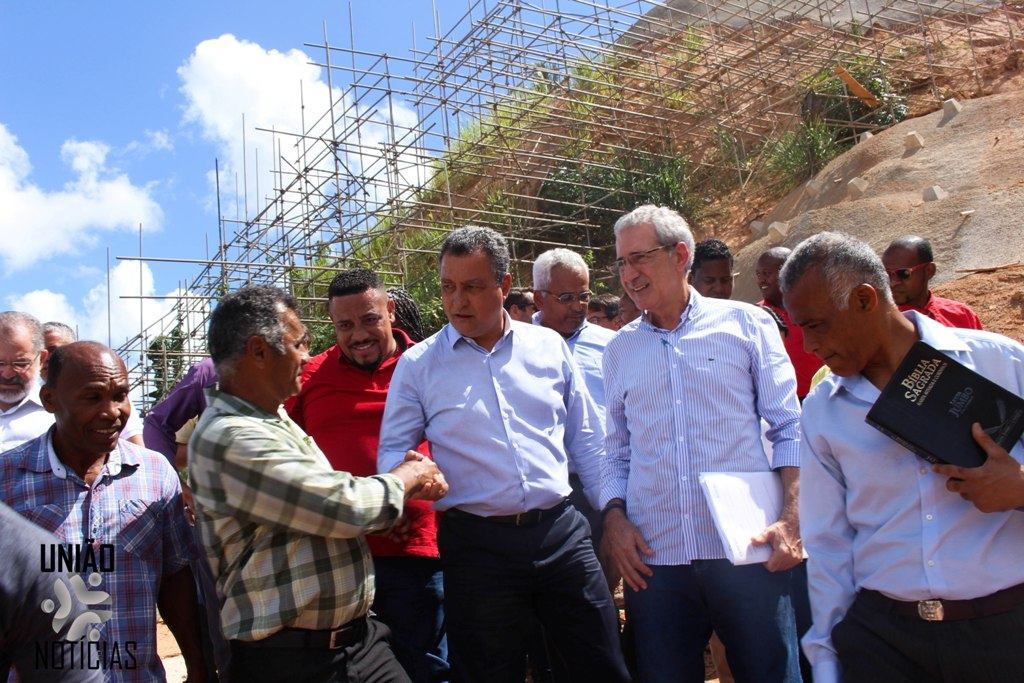 Photo of Rui Costa visita obras em encostas na Liberdade. Fotos