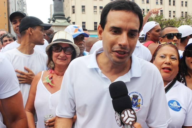 """Leo Prates pede paz e proteção ao Senhor do Bonfim e diz """"Só penso em pré-candidatura a partir de Junho""""."""