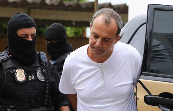 Photo of Moro ordena transferência de Sérgio Cabral para prisão da Lava Jato