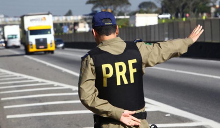 Photo of Estradas federais registram 67 mortes e 987 acidentes nos feriados de fim de ano