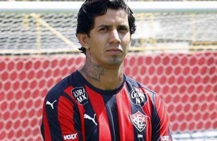 Rejeição em alta! Torcida do Vitória promove hashtag contra retorno de Victor Ramos