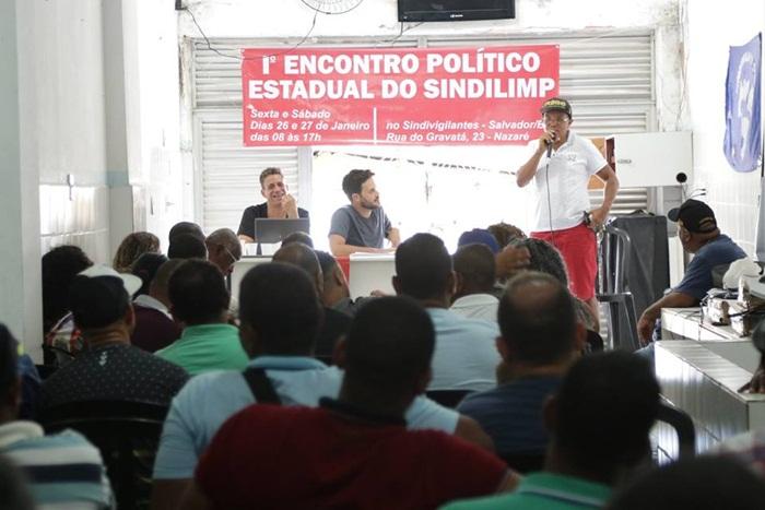 Sindilimp-Ba reúne diretoria plena e debate planejamento politico estadual.