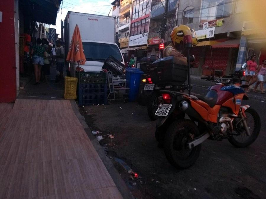 Photo of Transalvador intensifica fiscalização contra carros estacionados em área proibida no bairro da Santa Cruz