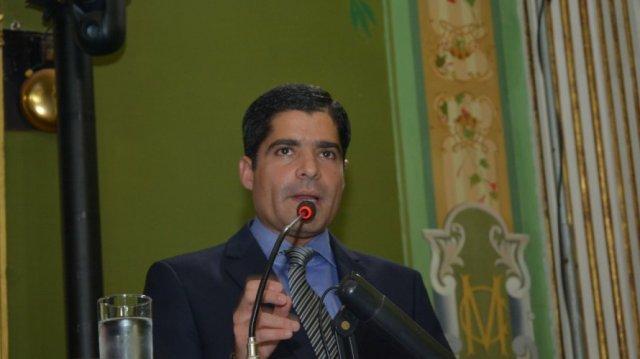ACM Neto critica o governo de Rui na área da segurança em discurso na Câmara Municipal de Salvador