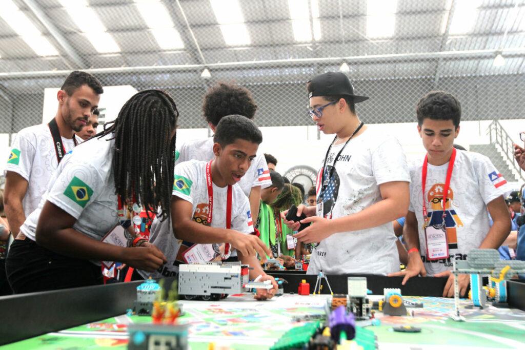 Photo of Alunos da rede estadual participam de torneio de robótica