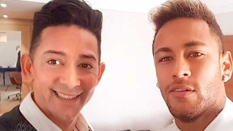 Photo of O Baiano Wagner Tenório cabelereiro de Neymar orienta empreendedores da beleza na web