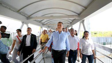 Rui entrega passarela de Pernambués e viaduto em Lauro de Freitas