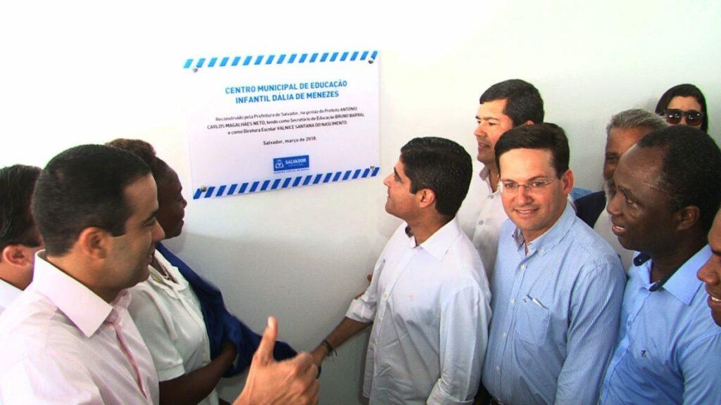 Photo of Prefeito inaugura Creche Escola Dália de Menezes no bairro da Santa Cruz com investimento de R$ 2,4 mi