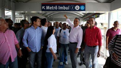 Rui entrega oficialmente a população a Passarela da Estação Imbuí do metrô