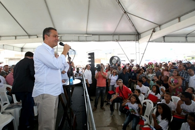 Photo of Rui visita Cidade de Canudos e autoriza sistema de abastecimento de água no valor de R$ 6,5 milhões