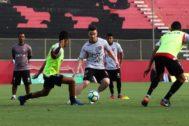 Vitória inicia preparação para decisão contra o Corinthians-SP