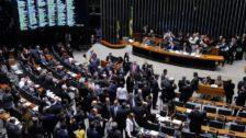 Photo of Janela partidária favorece Centrão e reeleição de deputados