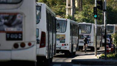 Após paralisação, rodoviários e empresas se reúnem nesta segunda