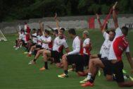 RETOQUES FINAIS Vitoria se prepara para enfrentar o Corinthians