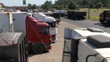 caminhoneiros deixa cidades da Bahia sem combustíveis