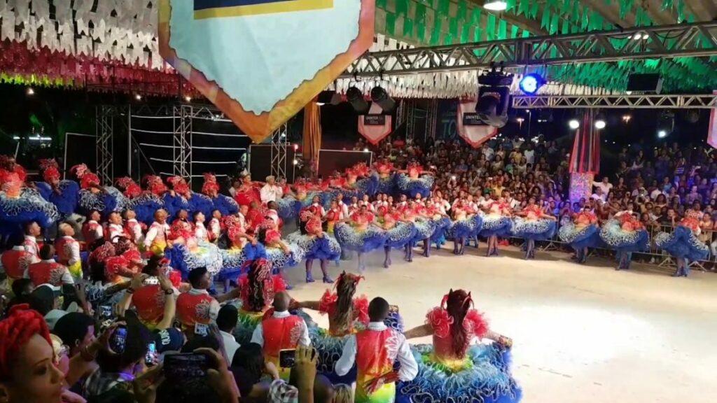 Photo of Grupo Capelinha do Forró fica em 3º lugar no Festival de Quadrilhas Juninas da Globo
