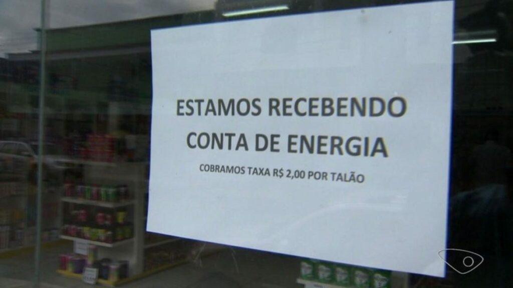 Photo of Estabelecimentos cobram taxa de até R$ 2 para pagamento da conta de luz
