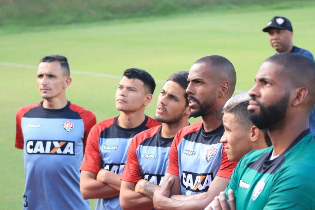 Photo of TUDO PRONTO: O Vitória finalizou, nesta terça-feira (17), a preparação para o retorno do Brasileirão, contra o Paraná
