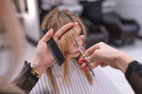 Photo of Especialista dá dicas de tendências de cabelo para o verão