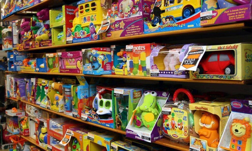 Photo of Atenção redobrada na compra de brinquedos para o Dia das Crianças