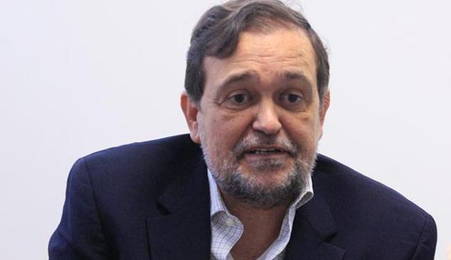 Photo of Pinheiro é exonerado da secretaria de Educação; Jerônimo Rodrigues volta para Secretaria de Desenvolvimento Rural