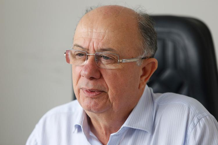 Photo of Ex-prefeito de Feira de Santana, Zé Ronaldo é denunciado por burlar regra de licitação